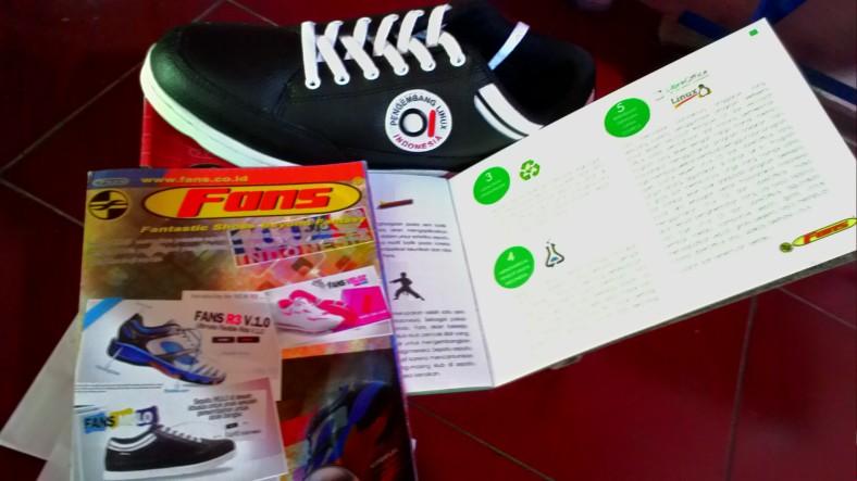Brosur Sepatu Produk dalam negeri